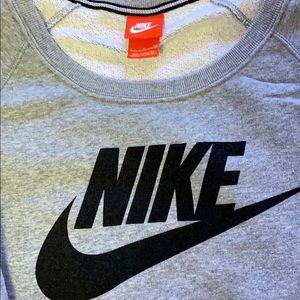 Nike Tops - Women's Nike sweatshirt size small